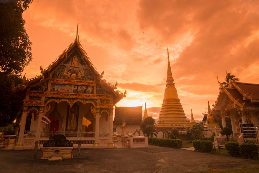 Tempio Wat Bot Muang, Chanthabury