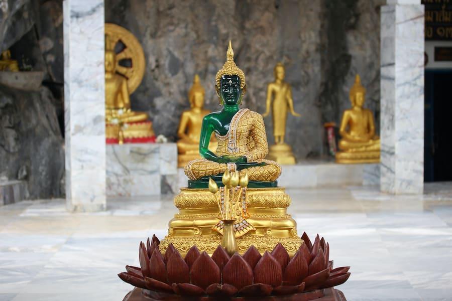 La Statua del Buddha di smeraldo