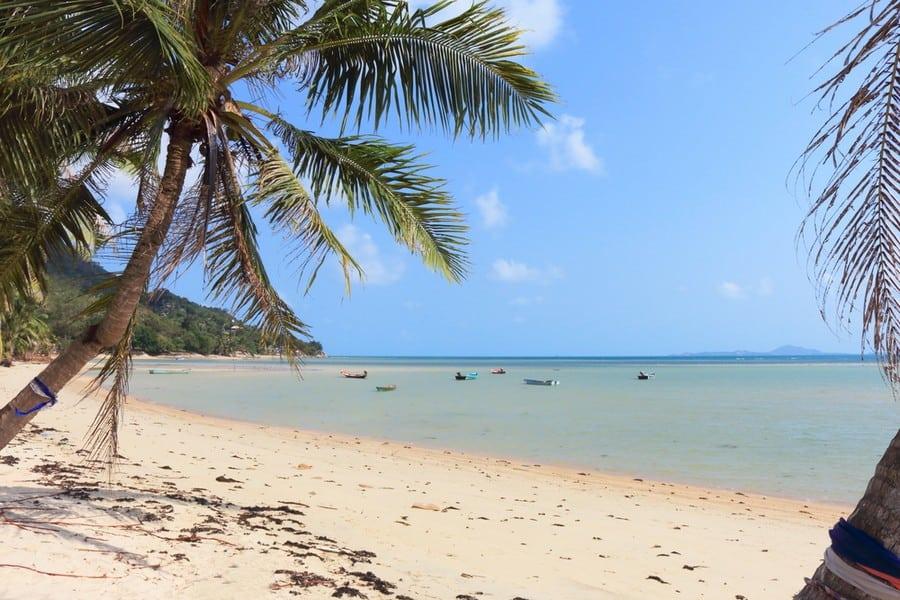 La spiaggia di Haad Rin Nok Beach, Koh Phangan