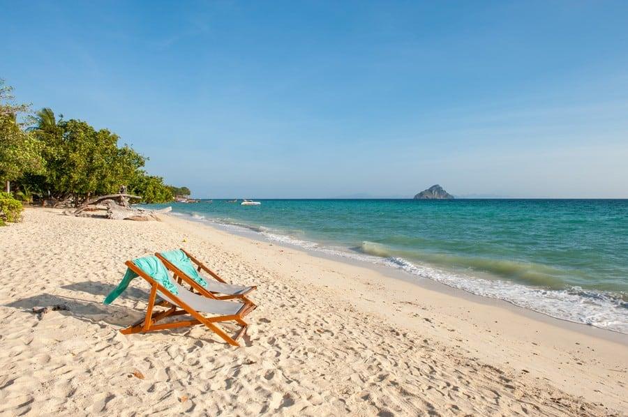 Laem Tong Beach, Phi Phi Island
