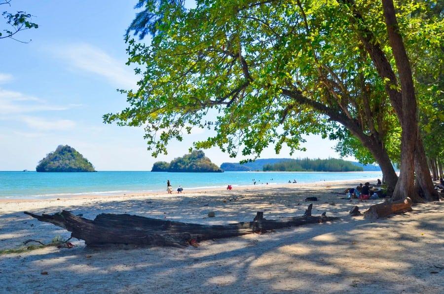 La spiaggia di Nopparat Thara