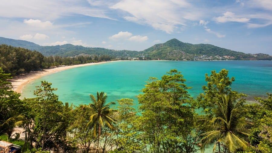 La spiaggia di Kamala Beach nell'isola di Phuket